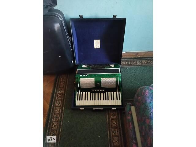 бу Продаю акордеон в Львове