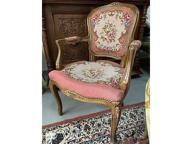 бу Антикварные стулья с подлокотниками в Ивано-Франковске