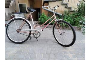 Велосипед бу Diamant дамка бежевый без передач 26 колесо
