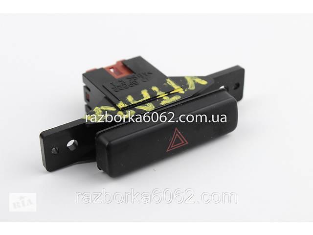 купить бу Кнопка аварийки Suzuki Grand Vitara (JB) 06-17 (Сузуки Гранд Витара)  3743064J005PK в Киеве