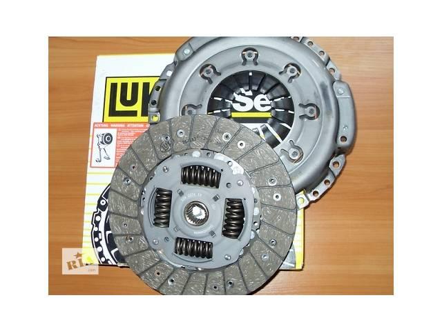 купить бу Комплект сцепления ( диск + корзина )  LUK  Германия  на 1.9dci -  RENAULT TRAFIC / OPEL VIVARO в Луцке