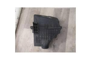 Корпус повітряного фільтра Форд Фокус 1.8 TDCI 2005-2010