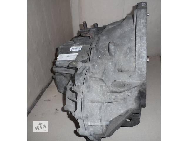купить бу КПП 5 ступенчатая(ступенева) Рено Мастер Renault Master Опель Мовано Opel Movano 2.5 2003-2010 в Ровно