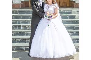 22d4ee17e4e3e7 Весільні сукні недорого - купити сукню на весілля бу на RIA.com