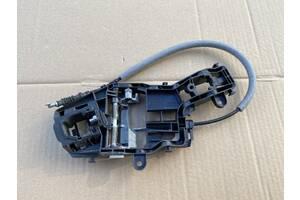 Кронштейн ручки дверей задних прав VW Tiguan 2011р- 0107285840X