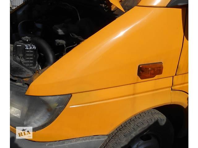 бу Крыло переднее на спарку правое левое, крило переднє Mercedes Sprinter 903, 901 (96-06гг) 208 - 616 в Ровно