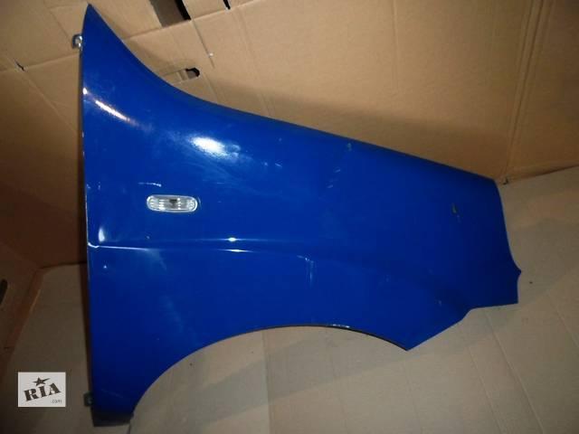 купить бу Крыло переднее правое Фиат Добло Fiat Doblо 1.3 Multijet, 1.9 Multijet 2005-2009 в Ровно