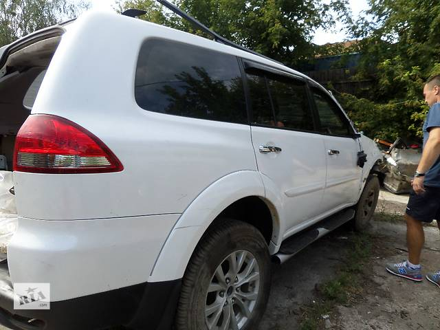 бу Крыло заднее на Mitsubishi Pajero Sport в Буче (Киевской обл.)