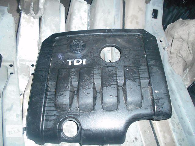 купить бу крышка мотора для Skoda Octavia A5, 2.0tdi, 2006, 03G103925BP в Львове