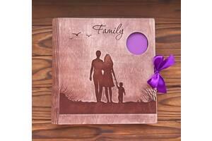 Сімейний фотоальбом з дерева