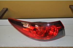 Mazda 6 седан хэтч задний фонарь koilo 220-41978