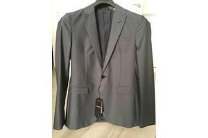 Нові чоловічі піджаки Armani