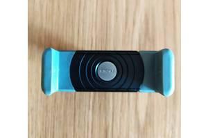 б/у Автомобильные держатели для мобильных