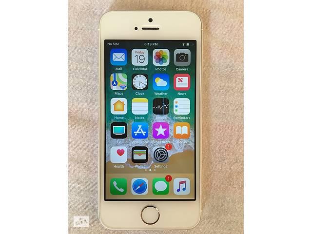 продам Apple iPhone 5S 16 Gb Silver неверлок з США стан 9 оригінал айфон 5S бу в Львове