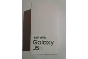 Нові Смартфони Samsung Samsung Galaxy J5