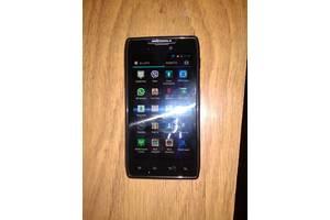 б/в Сенсорні мобільні телефони Motorola Motorola droid 3