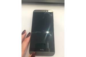 б/в Сенсорні мобільні телефони HTC HTC One M9