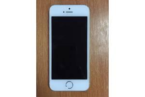 б/в Мобільні для дівчат Apple