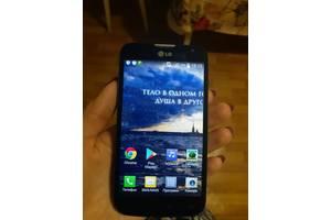 б/в Мобільні на дві СІМ-карти LG LG L70 D325