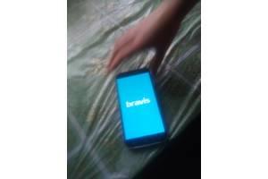 б/у Мобильные на две СИМ-карты Bravis