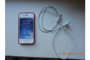 б/у Apple Apple iPhone 4