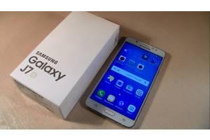 Новые Мобильные на две СИМ-карты Samsung Samsung Galaxy J7