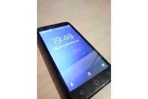 Новые Мобильные на две СИМ-карты Alcatel