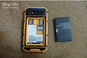 б/у Мобильные на две СИМ-карты Land Rover