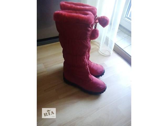 продам Модные стильные сапожки красные бу в Днепре (Днепропетровск)