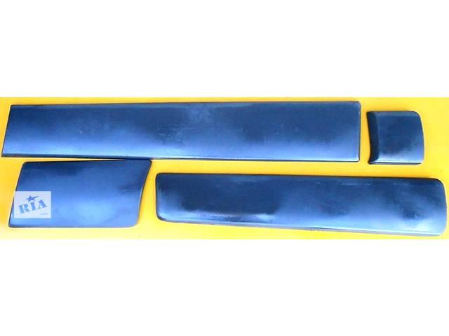 Молдинг заднего крыла длинная база Renault Trafic Рено Трафик Opel Vivaro Опель Виваро Nissan Primastar- объявление о продаже  в Ровно