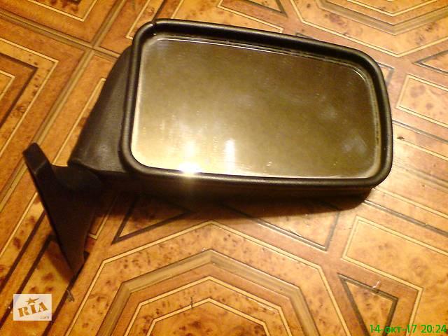 купить бу Зеркало правое на ножке пластиковое в Харькове