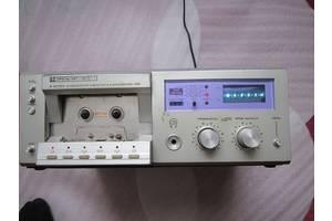 б/в Касетні магнітофони