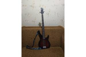Новые Бас гитары Yamaha
