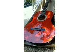 Нові Гітари Maxtone
