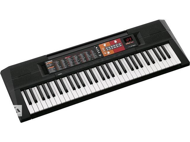 купить бу Синтезатор YAMAHA PSR F51 в Львові