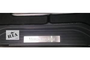 Новые Хромированные накладки Mercedes Vito груз.