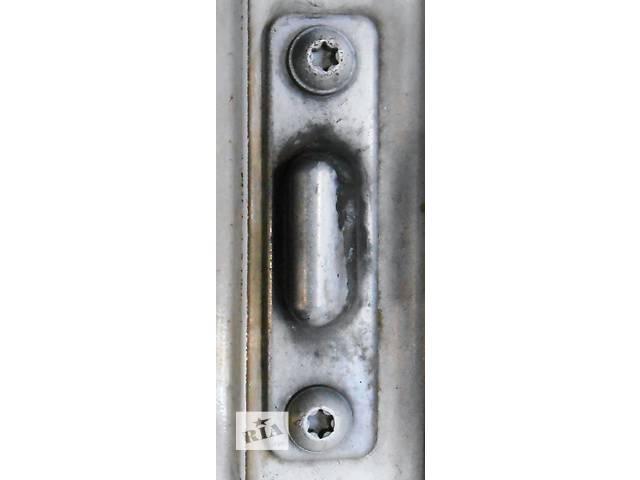 бу Направляющая бок двери 2.2 2.7 Cdi OM 611 612 Mercedes Sprinter 903, 901 (96-06гг) 208 - 616 в Ровно