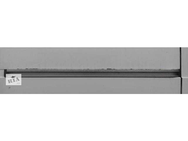Напрямна бок двері, Направляюча на двері, Лижа/Лижа, Рейка Mercedes Sprinter 906, 903 1996-2012рр- объявление о продаже  в Ровно
