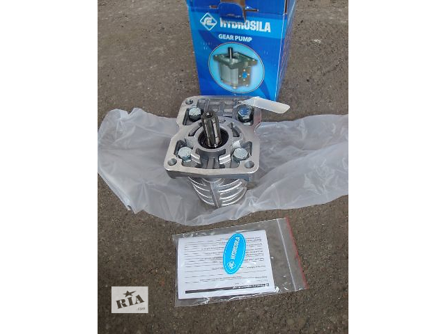 купить бу Насос НШ-10 правый (6 шлицов) в Полтаве