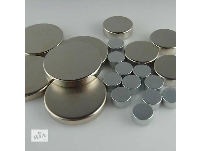 продам  Неодимовый магнит D45*H25 Хороший бу в Одессе