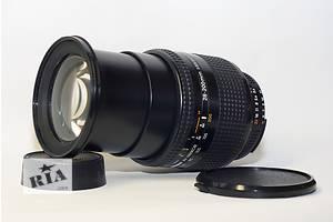 б/в Цифрові об'єктиви Nikon