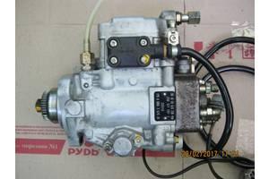 б/у Топливные насосы высокого давления/трубки/шестерни Mercedes Sprinter 312