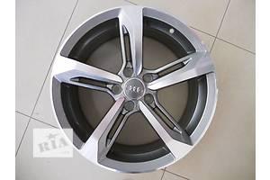 Нові диски Audi A8