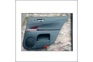 Обшивка-задньої-лівої-дверки-Lexus-GS