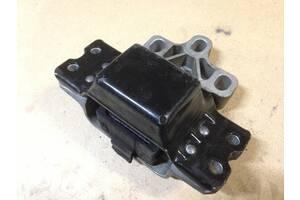 Опора подушки двигуна ліва 3C0199555 2,0TDI Фольксваген Пасат В6 Volkswagen Passat B6