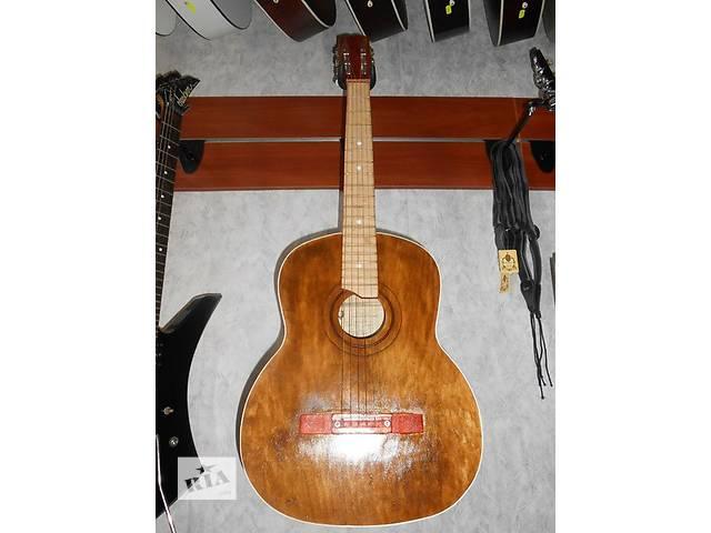продам ( 1462 ) Отличная гитара и ее Видео Обзор Черниговской музыкальной фабрики бу в Чернигове