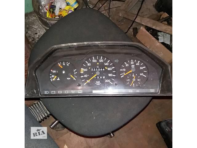 продам Панель приборов для Mercedes 124 2.5 D 1991 бу в Ковеле