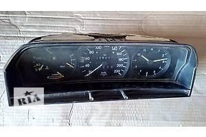 б/у Панели приборов/спидометры/тахографы/топографы Mercedes 190
