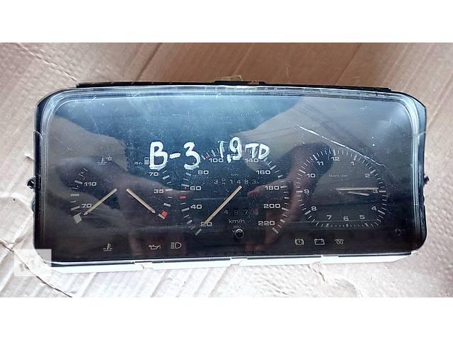 купить бу панель приборов для Volkswagen Passat B3 1.9td 1988-93 в Львове