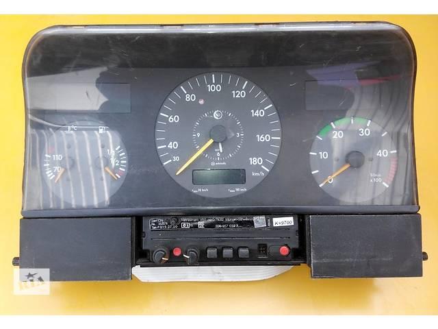 купить бу Панель, щиток приборов, приборка Mercedes Sprinter 903, 901 (96-06гг) 208 - 616 в Ровно